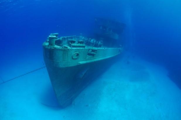 Shipwreck Snorkel Boat Trip in Grand Cayman - Shipwreck Snorkel